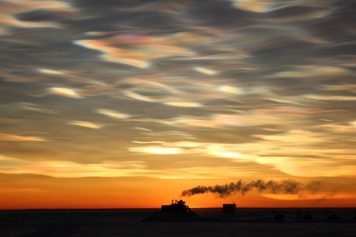 The crew at the McMurdo Station, Antarctica, captured this beautiful example of Nacreous (a.k.a. mother-of-pearl) cloud on 25 August, 2013. (Jack Green / National Science Foundation)